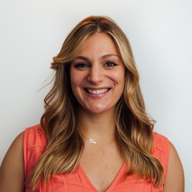 Leah Gibbs - Sr. Account Executive